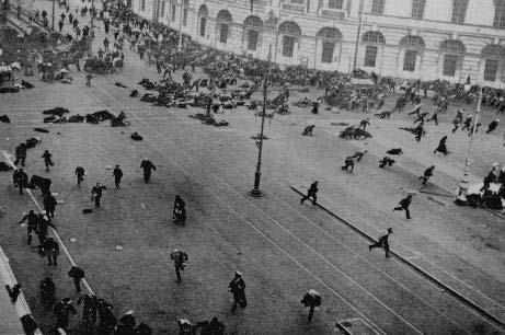 07041917_Riot_on_Nevsky_prosp_Petrograd