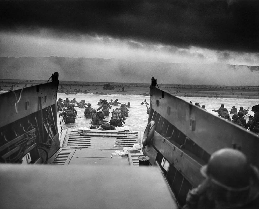 Into_the_Jaws_of_Death_23-0455M_d-day