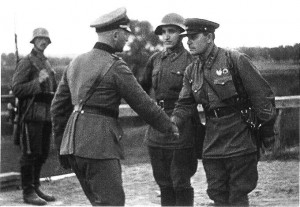 german-russian-soldiers-shake-hands