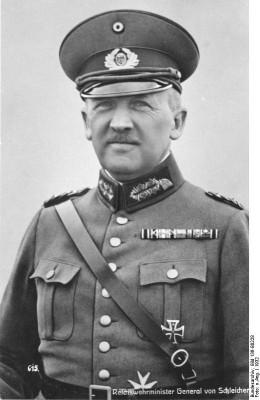 Chancellor_Kurt_von_Schleicher