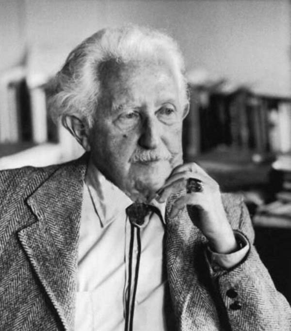 erik erikson biography life of german american psychologist erik erikson