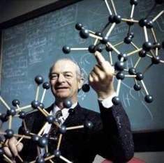 Linus Pauling2