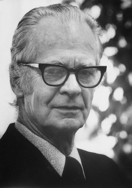 a biography of b f skinner a psychologist Bf skinner: bf skinner, american psychologist and an influential exponent of behaviourism.
